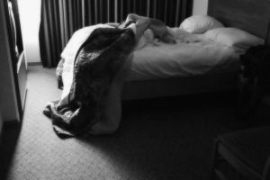 habitación de hotel exenta de chinches
