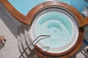 desinfectar el agua de piscinas y spas