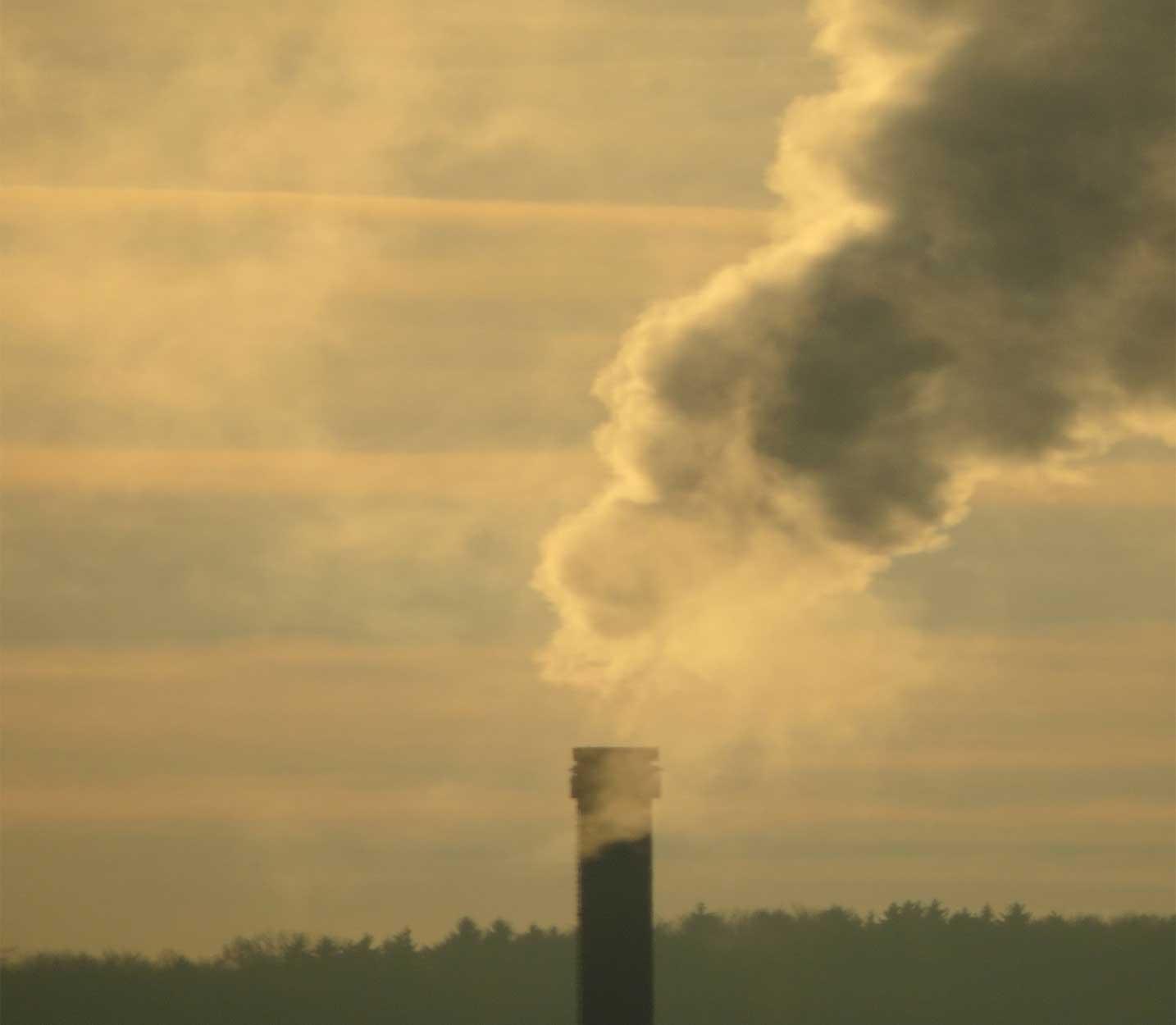 implantar la AAI en complejos industriales contaminantes