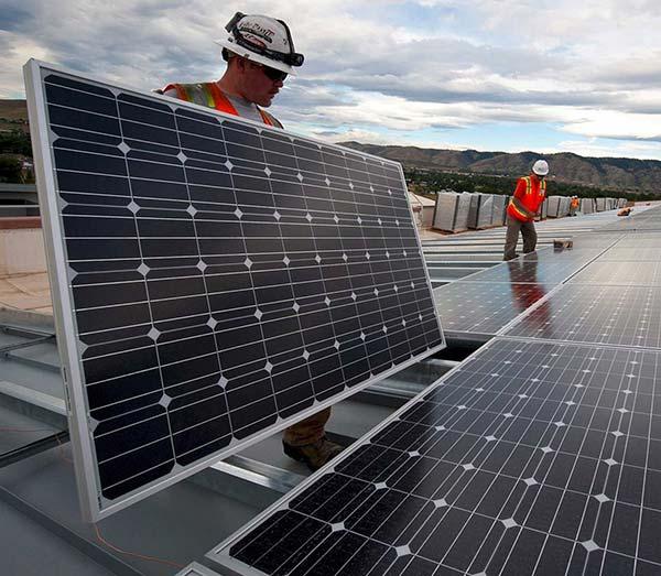 instalar placas de sol favorece la eficienciaenergética