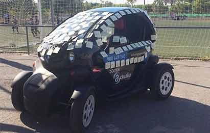coche eléctrico ACTUALIA en el Club de Basket Albufereta