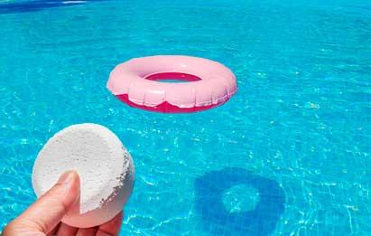piscina vacía por intoxicación por cloro
